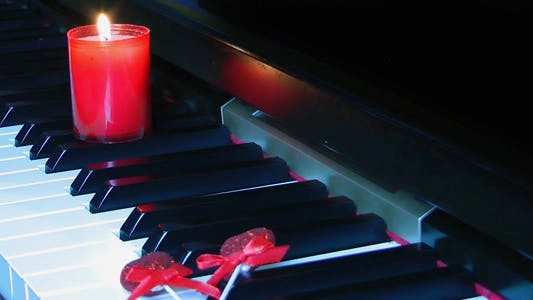 Thumbnail for Candle on the Piano Key