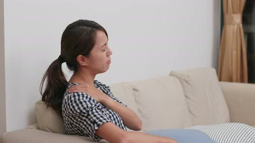 Woman suffer from shoulder pain