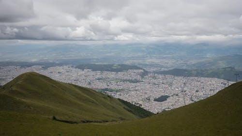 Timelapse of Quito in Ecuador