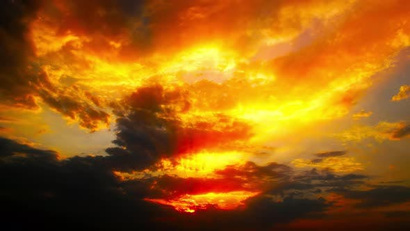 Cover Image for sky and clouds at sunset background 4K
