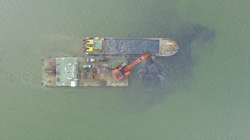 Cleaning the Seabed 5