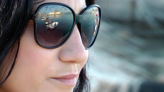 Cover Image for Girl With Glasses Near The Sea 2