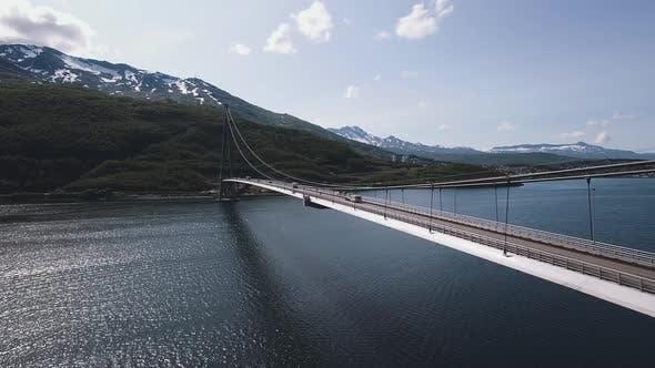 Cover Image for Suspension Bridge