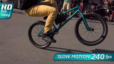 Biking BMX
