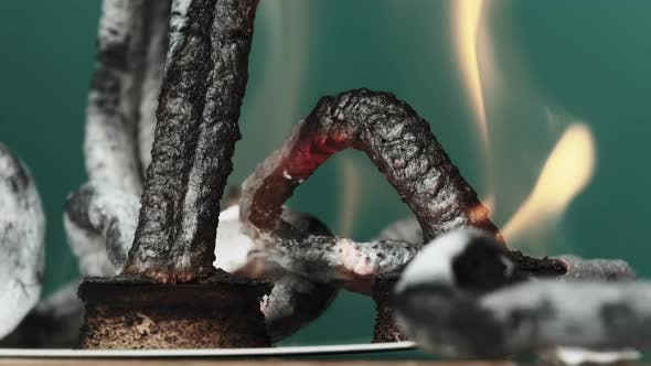 Pharaoh Snake Chemical Experiment of Heating Calcium Gluconate on Dry Alcohol