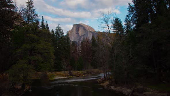 Thumbnail for Time Lapse of the amazing Half Dome in Yosemite National Park