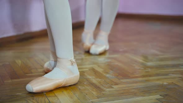 Ballerina Feet in Pointe Shoes