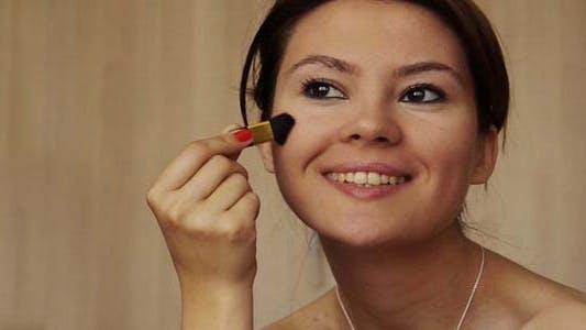 Thumbnail for Beautiful Girl Makeup Foundation