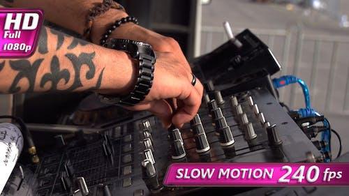 DJ Groove Bit