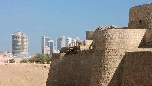 Thumbnail for Qal'at Al-Bahrain Fort In City