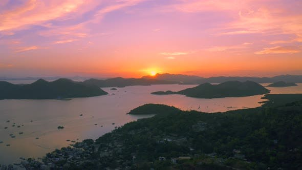 Cover Image for Village Coron at Amazing Sunset in Busuanga Island Philippines