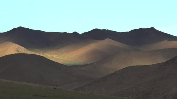 Shadow and Local Sunlight in Treeless Mountains