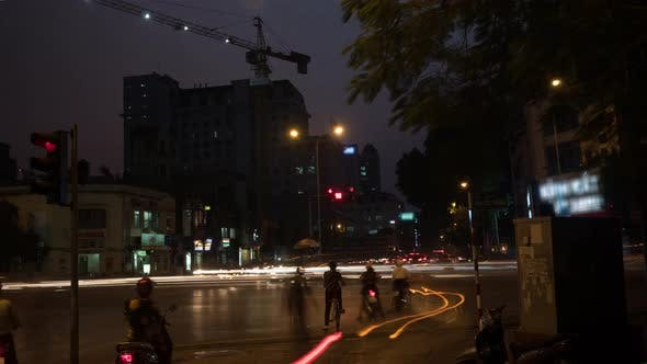 Cover Image for Time Lapse Shot of Intersection at Night, Hanoi, Vietnam.