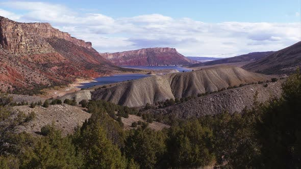 Thumbnail for Panning view of the landscape looking toward Flaming Gorge in Utah