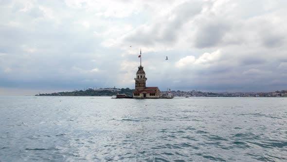 Thumbnail for Maidens Tower Timelapse in Istanbul, Turkey, Kiz Kulesi Tower
