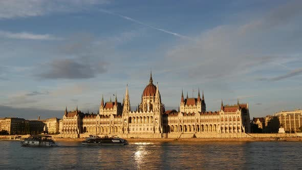 Thumbnail for Sunset time lapse from cruise ships and ferries with the Hungarian Parliament Building