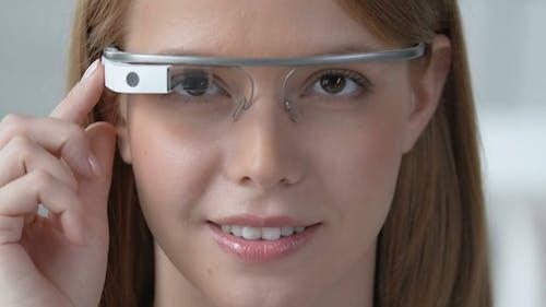 Google Glass Handling Tutorial