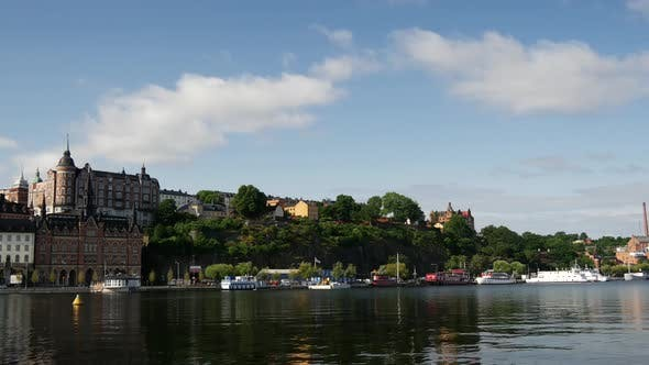 Thumbnail for Time lapse from 18th century housing facing Riddarfjärden