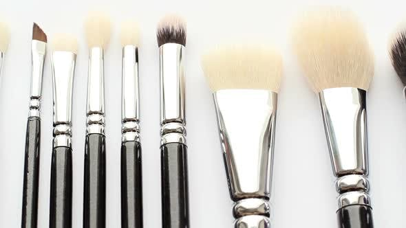 Cover Image for Cosmetic Brush 6