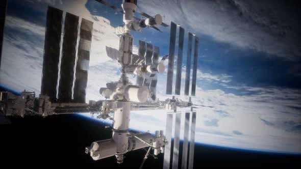 Thumbnail for Une vue de la Terre et un vaisseau spatial