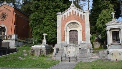 Cemetery 80