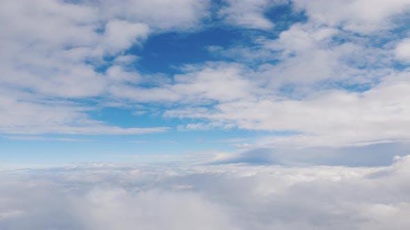 Thumbnail for Blick aus dem Fenster des Flugzeugs auf die Wolken - Fliegen unter den Wolken