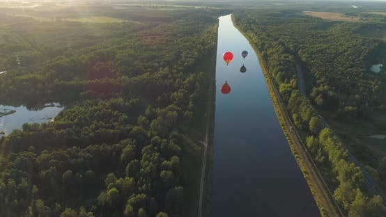 Thumbnail for Hot Air Balloons in Sky