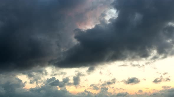 Thumbnail for Timelapse of Storm Cloud in The Evening