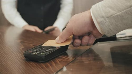 Paying by Credit Card for Hotel