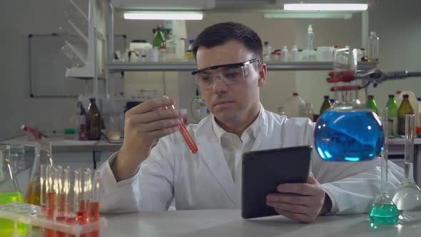 Thumbnail for Portrait Scientist Working in Laboratory