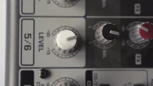 Volume Leveling