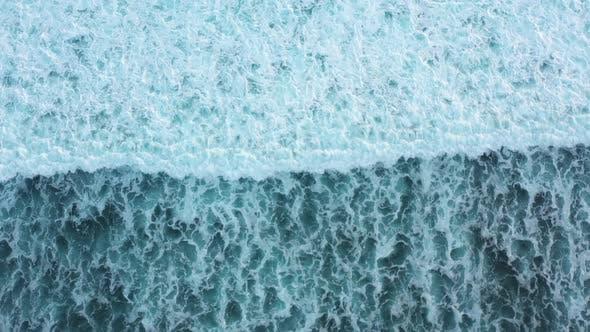 Footage of the waves in ocean