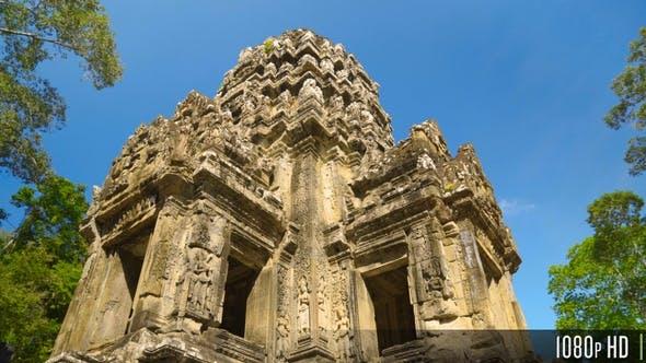Thumbnail for 4K Drehen um den Thommanon Temple Tower in Siem Reap, Kambodscha