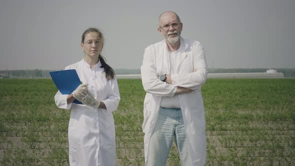 Thumbnail for Agronomy scientists in the field