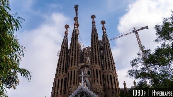 Sagrada Familia Barcelona Time Lapse of Construction