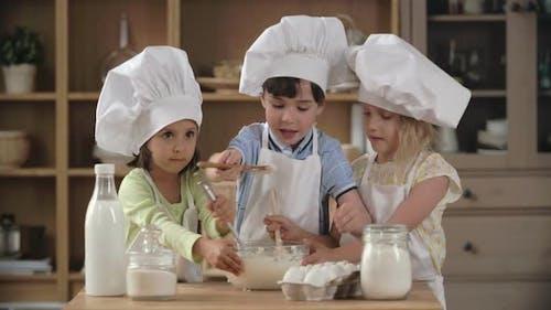 Nettes kulinarisches Team