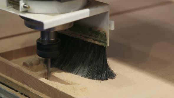 Thumbnail for Holzbearbeitungsmaschine mit einem Cutter und Pinsel