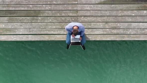Thumbnail for Freelancer Near The Lake