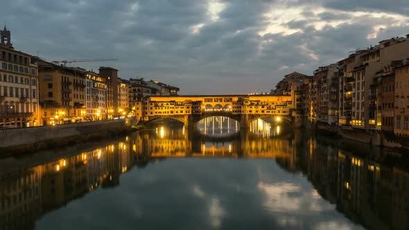 Thumbnail for Night Timelapse of Ponte Vecchio at Sunset, Florence, Tuscany, Italy.
