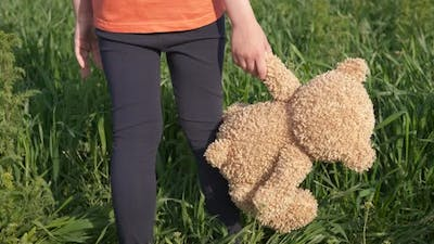 Stay with Toy in Grass