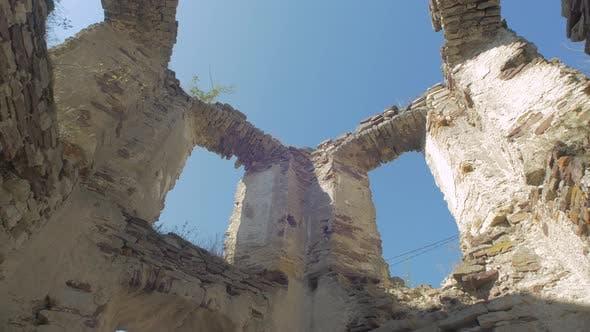 Thumbnail for Tilt down of tower ruins