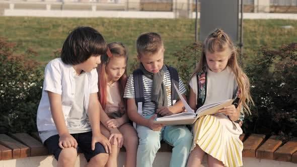 Cover Image for School Children Reading Boring Book