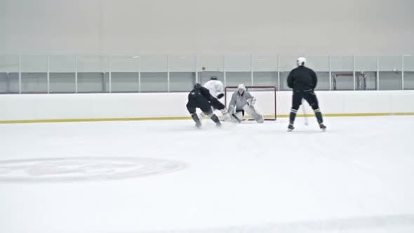 Thumbnail for Ice Hockey Forward Scoring during Practice