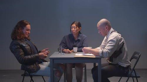 Criminal Taunts Police During Interrogation