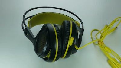 Buying Modern Headphones