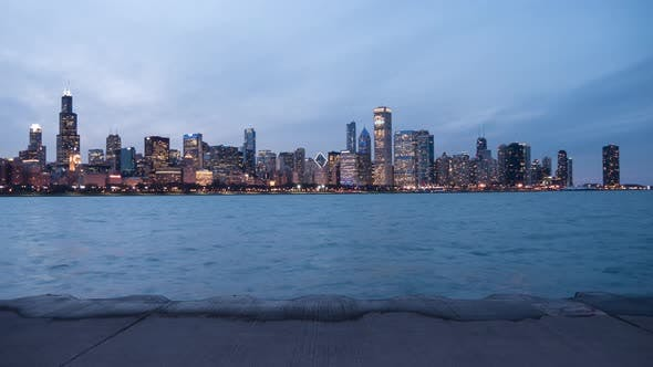 Thumbnail for Day to night timelapse of buildings in Chicago