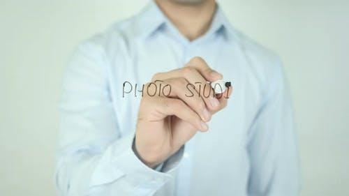 Photo Studio, Writing On Screen