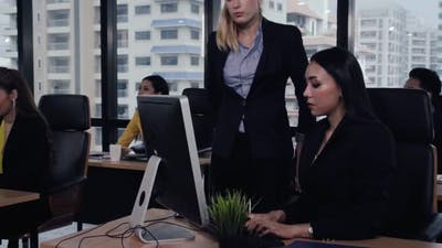 Young Leader Gives Advice to Young Woman Worker
