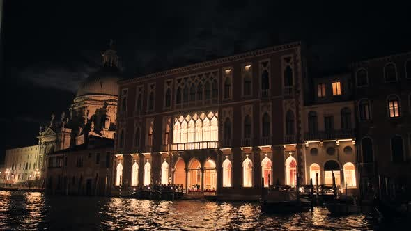 Cover Image for Architecture of Venice at Night View From the Central Canal