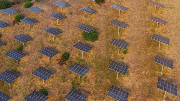Thumbnail for çAerial shot of a hillside in Southern California covered with solar panels